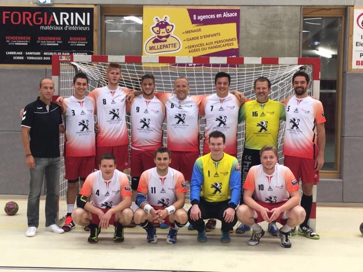 Léquipe De LAlsacienne Handball Se Bat Pour Son Maintien - L'équipe carrelage